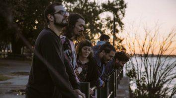 El quinteto rosarino surgido en 2012 acaba de editar su cuarto álbum, Ojos cuadrados.