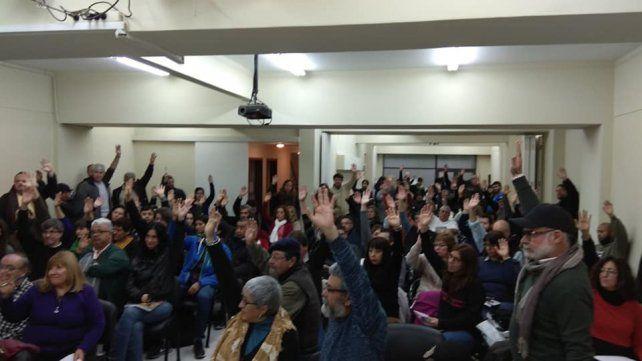 Los representantes de los docentes resolvieron no reiniciar las clases en el segundo semestre. (Foto: Conadu)