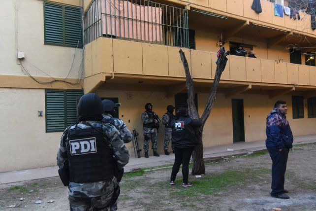 La policía requisó hace diez días el barrio Municipal y el Fonavi de Grandoli y Sánchez de Thompson.