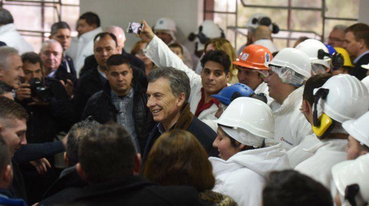 El presidente de la Nación estuvo durante 40 minutos en las reabiertas instalaciones de Mattievich.