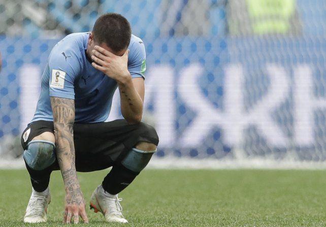 El uruguayo Giménez sufrió la derrota ante Francia antes de que se consumara. Pusieron garra