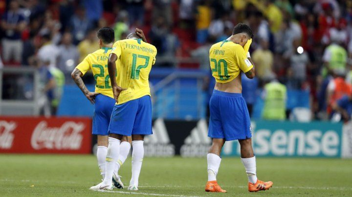 Jugadores brasileños sufren la eliminación ante Bélgica