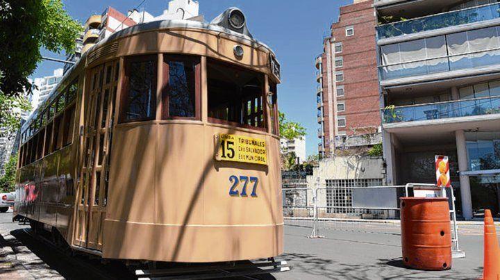El mítico tranvía. El coche restaurado circulará entre las 9 y las 18.