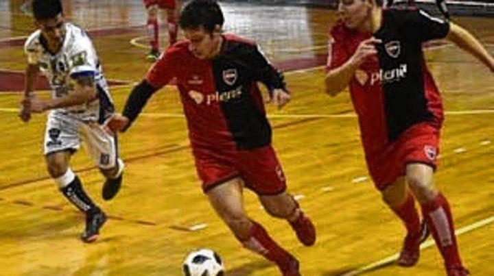Newells se afianza en la punta de la D de de futsal