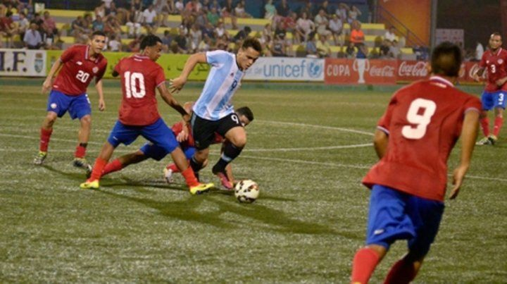 El último en 2016. Lautaro Martínez marcó el gol en la final perdida 3-1 con España.