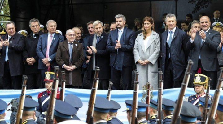 Macri encabezó el acto oficial en tierra tucumana. No fue al tedéum.