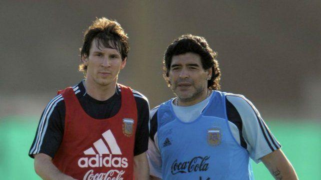 Charlas con un taxista sobre Messi y Maradona