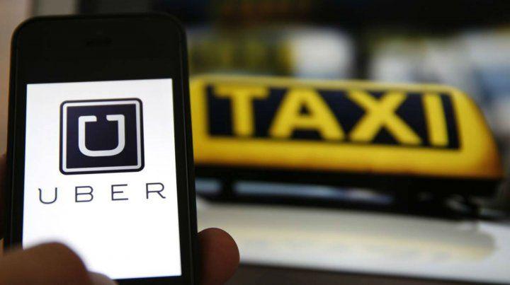 Alvarado sostuvo que hay que buscar una salida laboral a Uber sin romper otro sistema