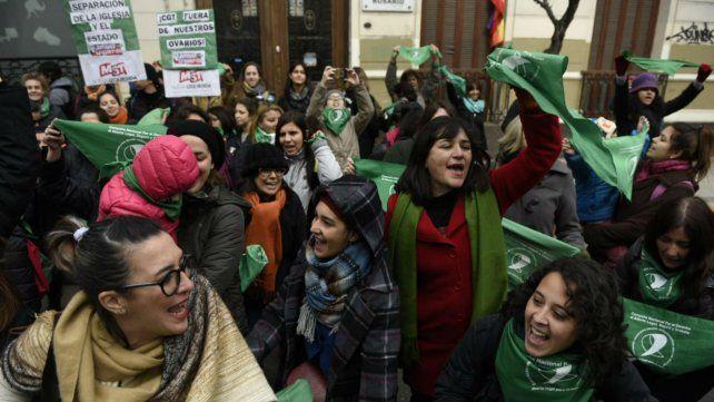 La protesta se hizo sentir en las puertas de la CGT local.