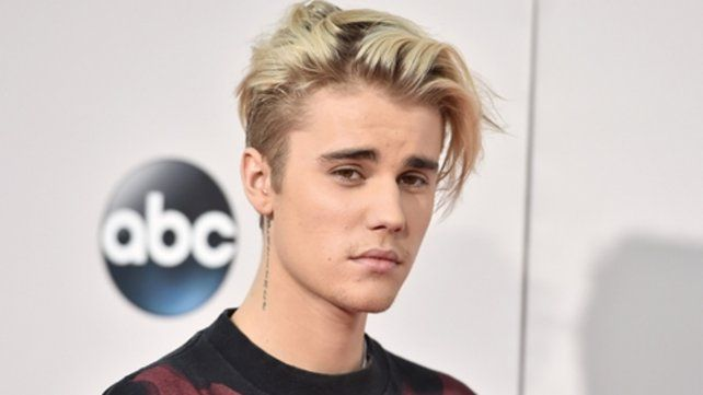 Justin Bieber se comprometió con Hailey Baldwin