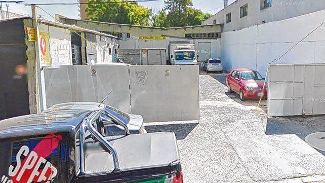 Suipacha al 1100. El lugar donde funcionaba el frigorífico asaltado por un grupo comando en 2016.