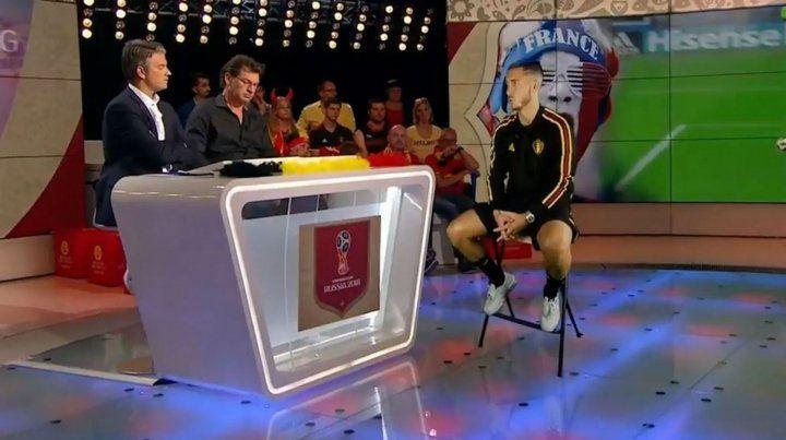 La entrevista de la televisión belga al holograma de Hazard