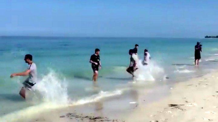 La arena y el mar para los jugadores xeneizes