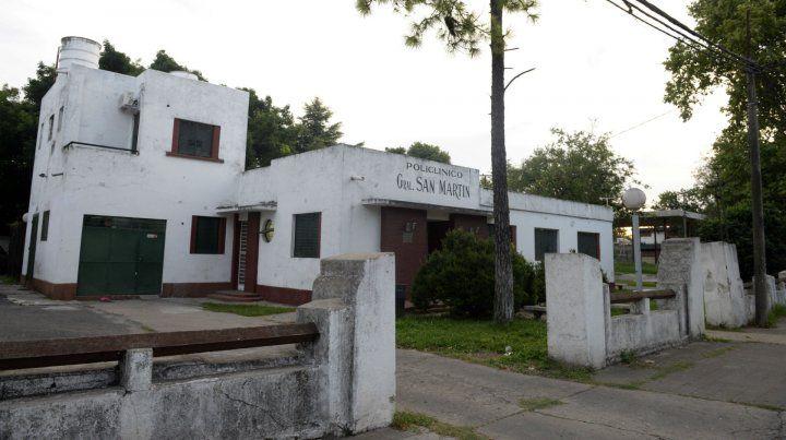 La víctima fue llevada por vecinos al Policlínico San Martín