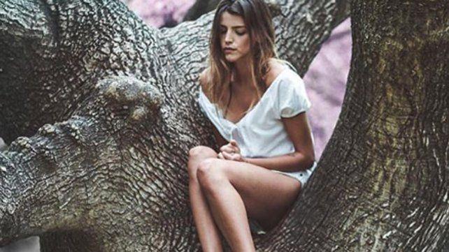 La imagen de Calu Rivero al desnudo y su aura botánica