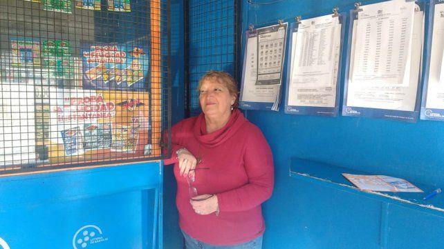Estela es la dueña de la agencia que vendió el boleto ganador en Rosario.