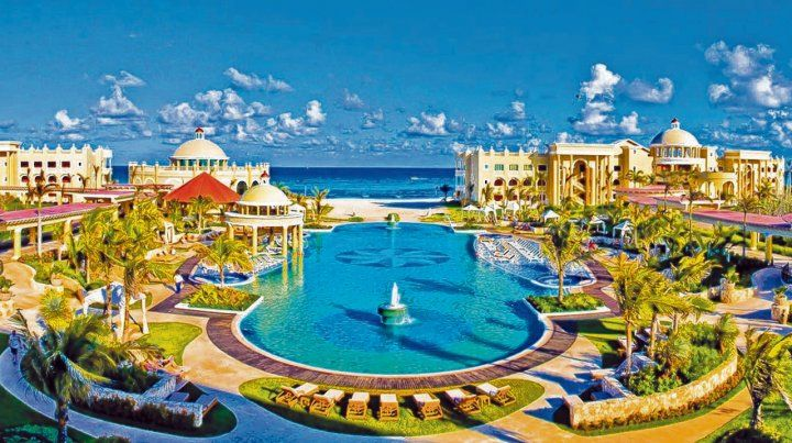 Riviera Maya. Ubicados en la primera línea de playa