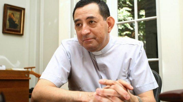 uno más. Oscar Muñoz Toledo fue canciller del arzobispado de Santiago.