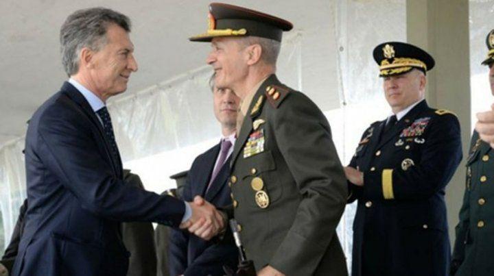 Acuerdo. Los militares estaban disconformes con el aumento del 8%.