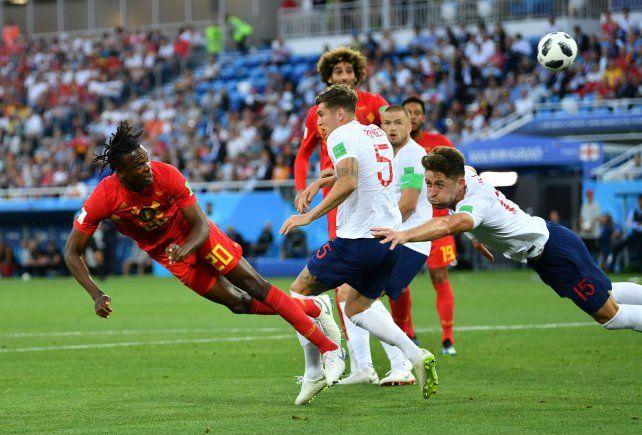 Con gol de Januzaj
