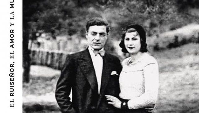 La tapa del disco muestra a sus padres, José y Celina.