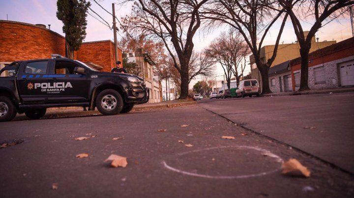 Dos hombres en moto dispararon contra la policía en cercanías de la casa del padre del juez Vienna