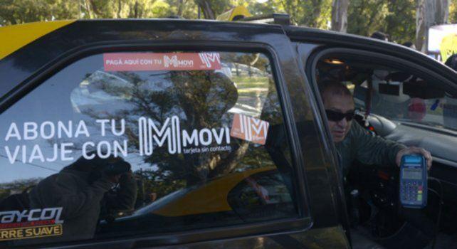 Hace dos años debutaron los coches que cobran con tarjeta Movi y ahora se busca extender beneficios.