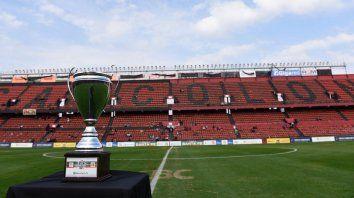 Central ya se mide con Colón por la ida de los octavos de final de la Copa Santa Fe