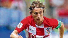 Genio y figura. Modric no pudo levantar el trofeo pero sumó elogios de todos lados.
