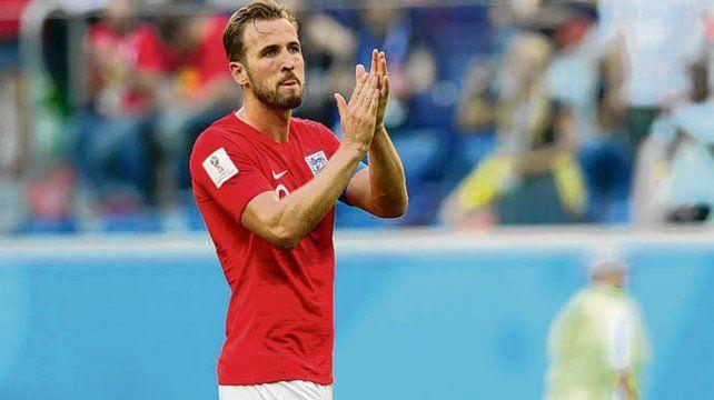 Príncipe Harry. El efectivo Kane se llevó el consuelo de ser el goleador del Mundial.