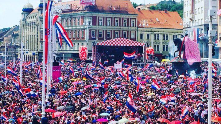 Euforia en Zagreb para recibir a la selección de Croacia