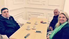 El titular de la cámara de dueños de taxis, Mario Cesca, se reunió hoy con la concejala María Eugenia Schmuck.