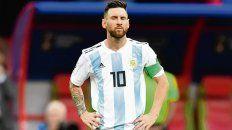 Con los ojos cerrados. Messi y una imagen que nadie quería. El final del Mundial en octavos fue durísimo.