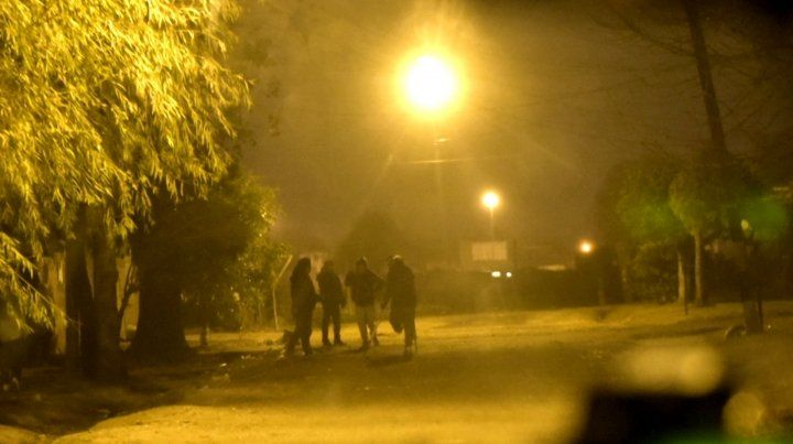 Un hombre de 38 años fue asesinado de un tiro en la puerta de su casa en zona sudoeste