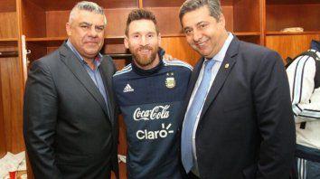 Angelici reveló los planes que tiene la AFA para Messi