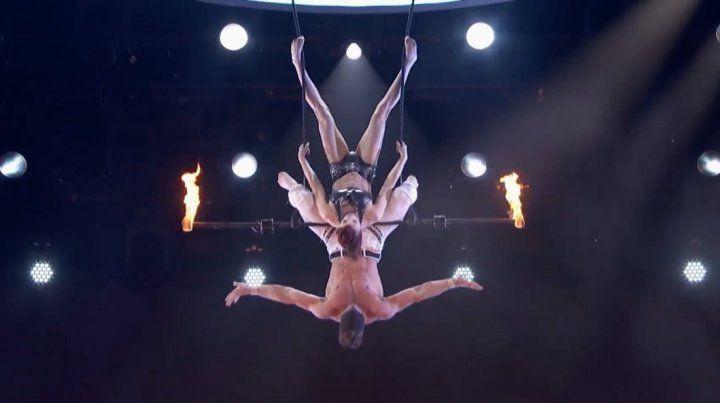 El impactante accidente de una trapecista en un programa de televisión