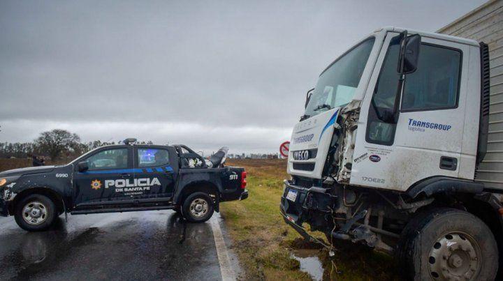 Un motociclista murió en un choque con un camión