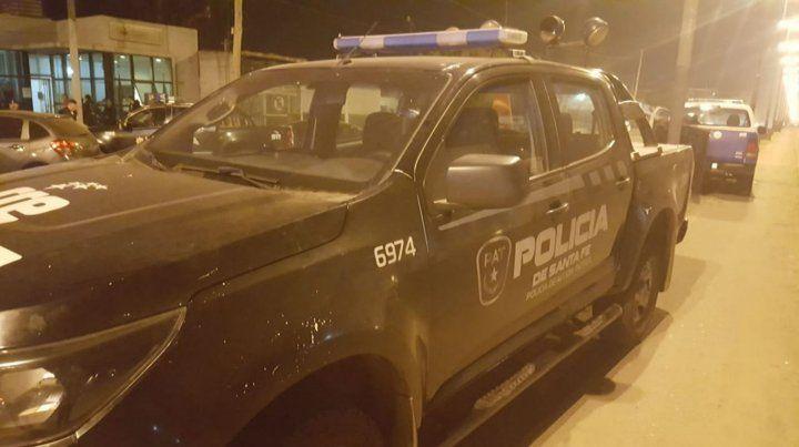 La policía asegura que el hombre herido de un escopetazo atacó primero