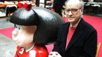 Quino pidió no usar a Mafalda con el pañuelo azul contra el aborto