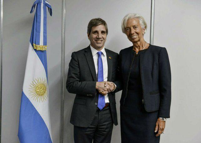 Caputo intercambió con Lagarde información sobre el dólar y vencimientos de Lebac.