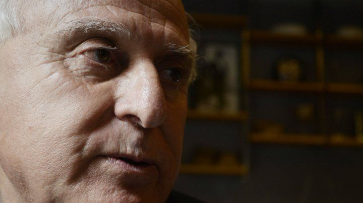 El gobernador Miguel Lifschitz analiza el futuro inmediato en la arena política.