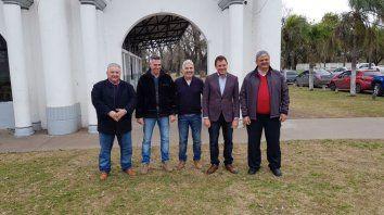 Juntos. Los mandatarios González, Tabares, Berti, Raimundo y Ricci.
