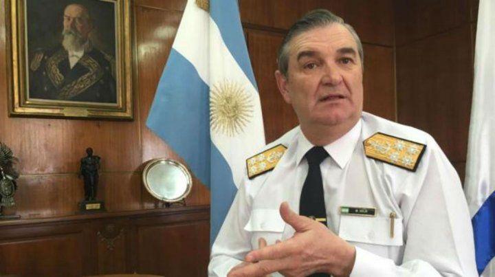 No me informaron. El almirante Marcelo Srur culpa a dos subalternos de negligencia en el servicio.