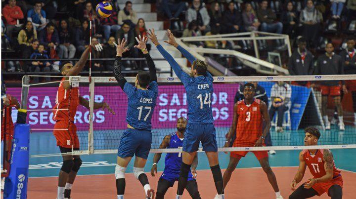 El seleccionado argentino de vóley comenzó el sprint final de su preparación en Rosario