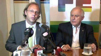 El ministro Gonzalo Saglione, junto al gobernador Lifschitz.