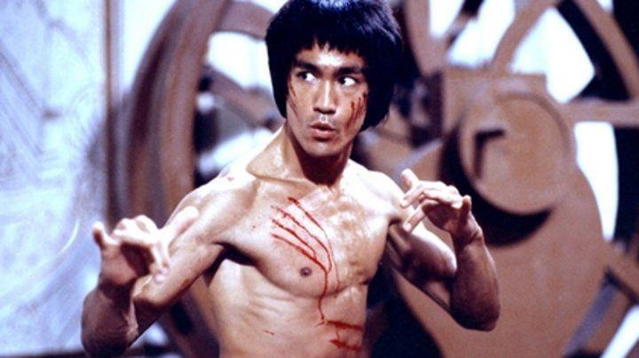 Una película de culto. Bruce Lee falleció seis días antes del estreno en 1973 de Operación Dragón.