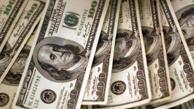 El stock de deuda pública bruta rozó los 330.000 millones de dólares a  fines de junio de 2018