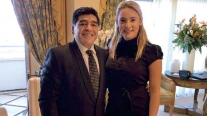 Maradona le propuso casamiento a Rocío Oliva y hay boda
