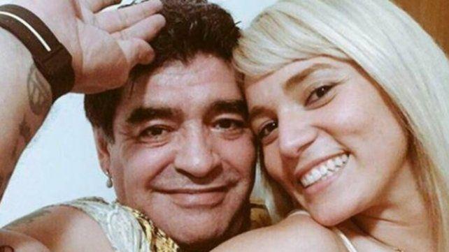 Vivan los novios. Diego Armando Maradona