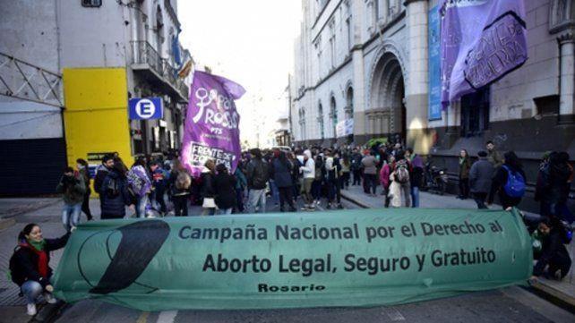 Militancia. Una de las tantas marchas que se  realizaron en la ciudad a favor del aborto legal